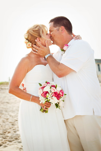 Patterson_Wedding_Kiss